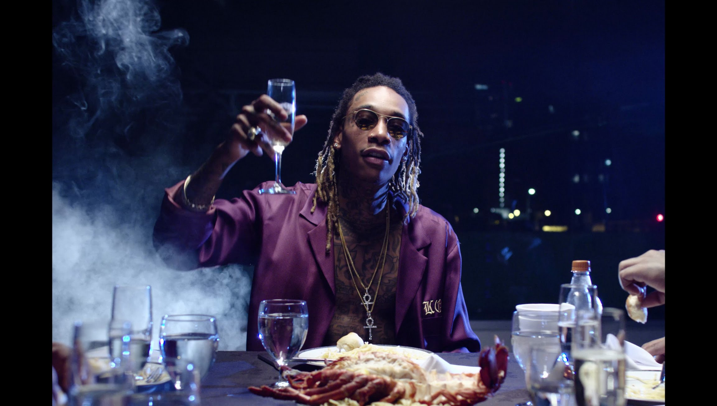 wiz-khalifa-elevated-official-video
